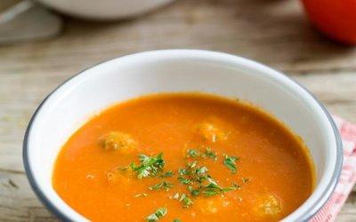 tomatensoep met gehaktballetjes